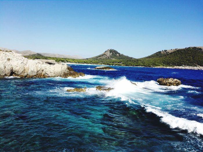 Water Blue Mountain Beauty In Nature Meerblick Türkiseswasser Meer Wellen SPAIN Holiday Malle Mallorca Cala Ratjada First Eyeem Photo