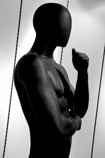 Mannequin Schaufensterpuppen Bnw_friday_eyeemchallenge One Person Indoors  Puppet Berlindubistsowunderbar Noir Et Blanc Berlin Photography Ig_berlincity Streetlive Bnw_life Monochrome Bnw_collection Faces Of EyeEm Mystery Photo Berlin Black & White Streetphotography_bw Puppe Schaufensterpuppe Black Black And White Man In Black Men In Black