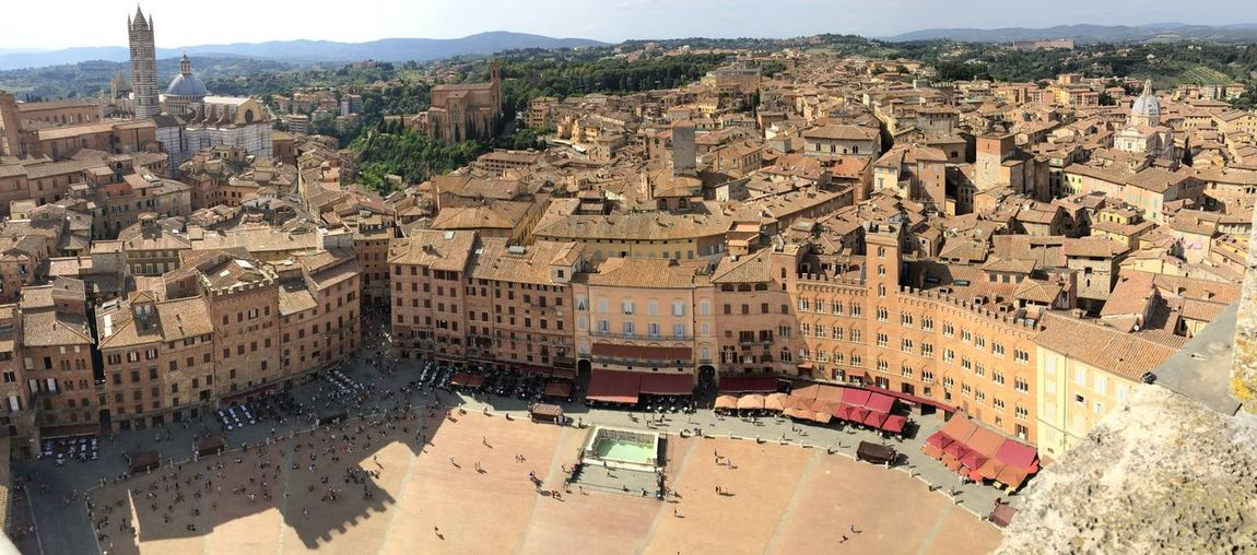 Townscape seen from piazza del campo