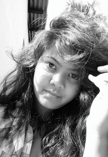 Check This Out Messy Hair Playing With Sunlight Winter