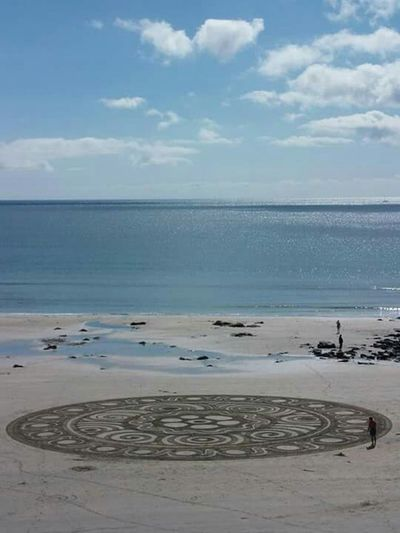 Art on the beach by 'One Man and His Rake - Chris Howarth' Perranuthnoe Beach Sea Art Natural Art  Contrast Geometric Art Circles
