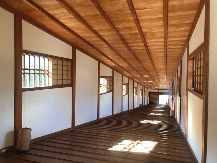 御橋廊下 Japan Bridge Architecture Built Structure Indoors  Corridor Arcade Day The Way Forward Sunlight No People Flooring Wood - Material