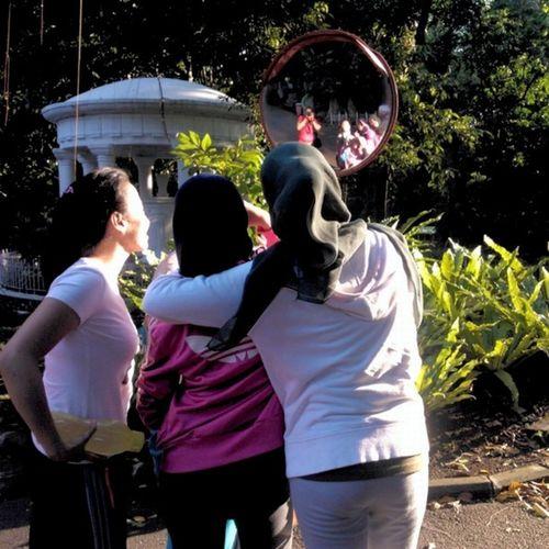 Galauers Sundaymorning Jogging Bogor botanicalgarden @nadyadeandra @savitri_olive