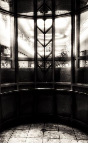 Window Glass - Material Transparent Reflection Indoors  Monochrome Photography Day Architecture Sky Built Structure Cloud - Sky No People Close-up Eye Em Darkness And Light Illuminated Elevator Nostalgic  Atmosphere Metrocenter Phoenix Arizona Shopping Mall Architectural Feature The Way Forward