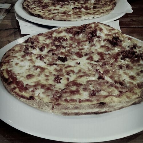 Foodporn Pizza <3 Pizza Hut  Steak Pizzaiola