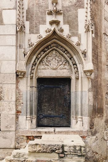 Medieval entrance 🏰... Middle Ages Historical Monuments Historical Building Museum Site Medieval Castle Facades Façade Stone Material Door Ancient Travel Gothic Architecture Gothic Castle Built Structure Architecture Building Exterior Arch No People Building Wall - Building Feature History Wall Entrance Art And Craft Place Of Worship Belief Religion Outdoors