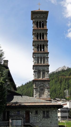 Campanile Saint Karl Architecture Archival Building Exterior Built Structure Business Finance And Industry City Clear Sky Clock Clock Face Clock Tower Day Graubünden No People Outdoors Place Of Worship Schweiz Schweizer Alpen Sky Tower Travel Destinations Tree