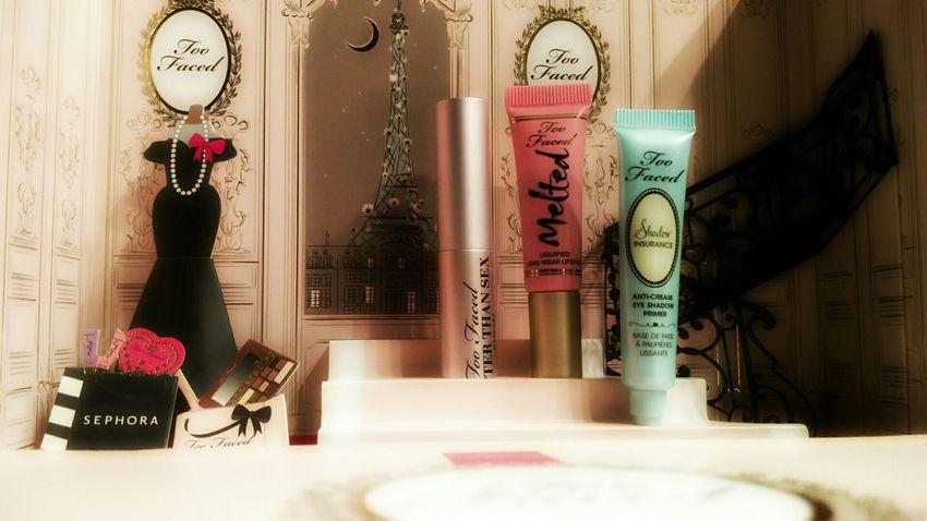 Hello World Winter Beauty  Too Faced Makeup Palette Le Grand Palais Eyeshadowpalette Makeupaddict Enjoying Life Oneplus2photographie Socute💕 Eye Makeup Iloveit