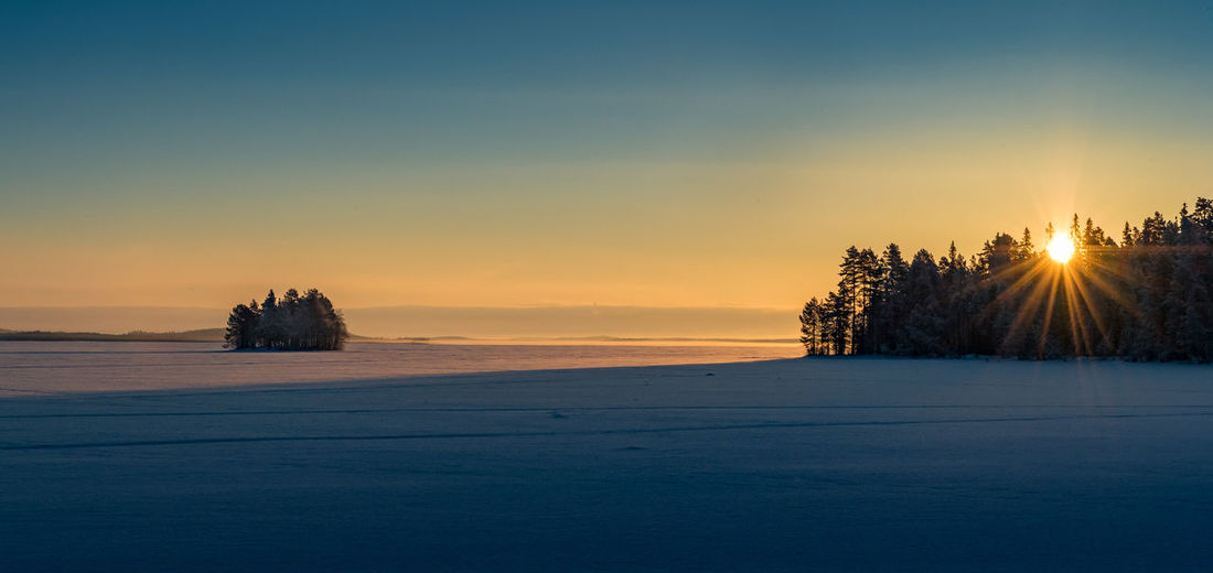 Frozen Lake Finland Lapland Panorama Winter Cold Temperature Landscape Polar Circle Sunset
