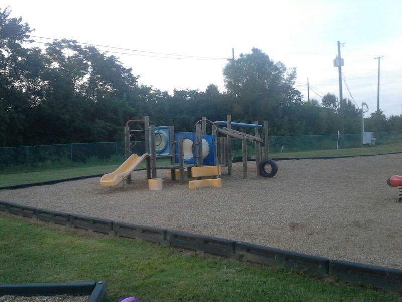 Playgrounds English Park Altavista, VA USA Virginia Tupponce Photography David Tupponce Slides Swingsets Public Places Public Spaces