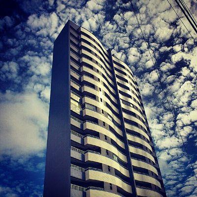 Waves n' clouds