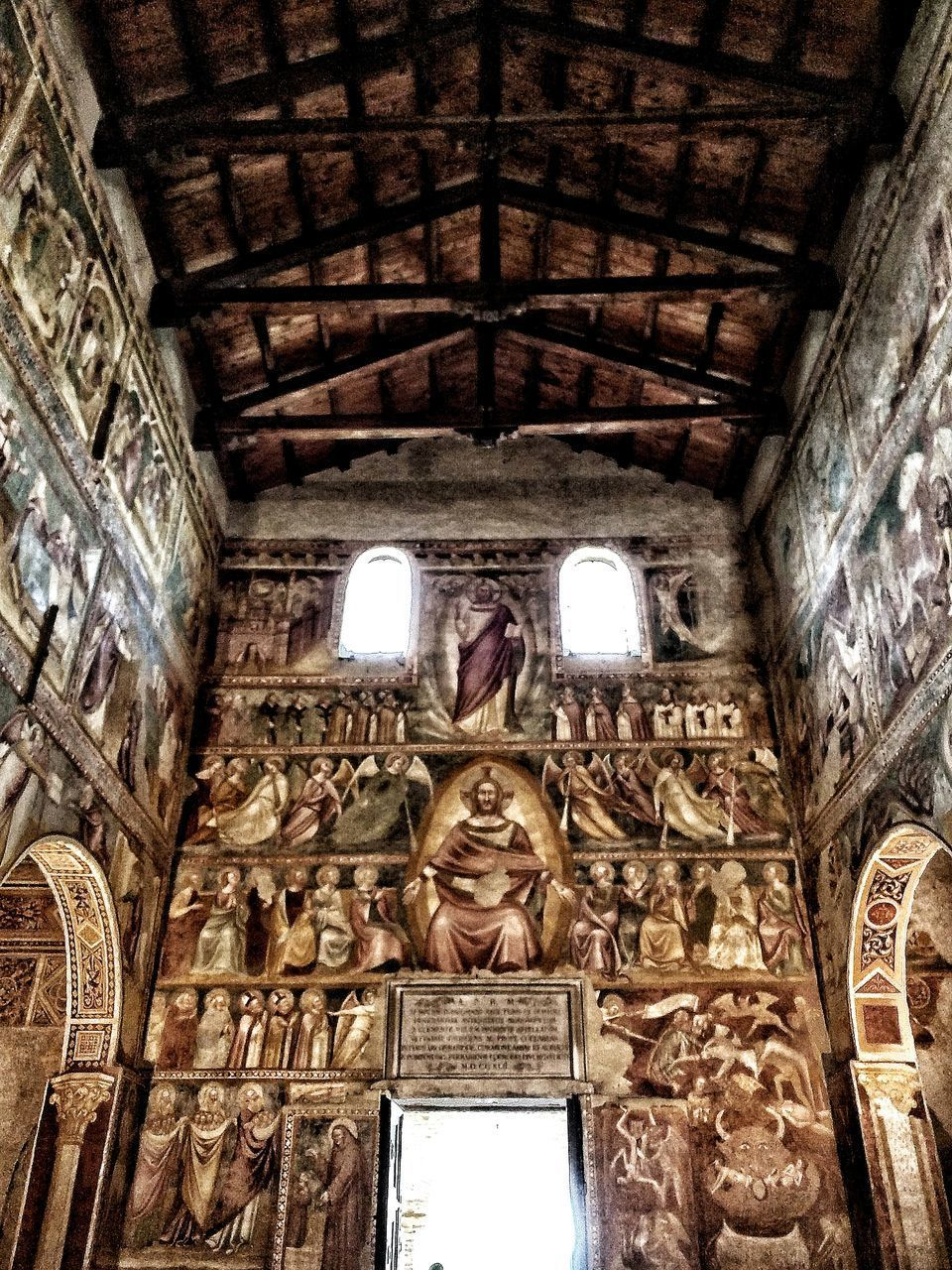 indoors, low angle view, architecture, religion, history, no people, spirituality, built structure, travel destinations, place of worship, day