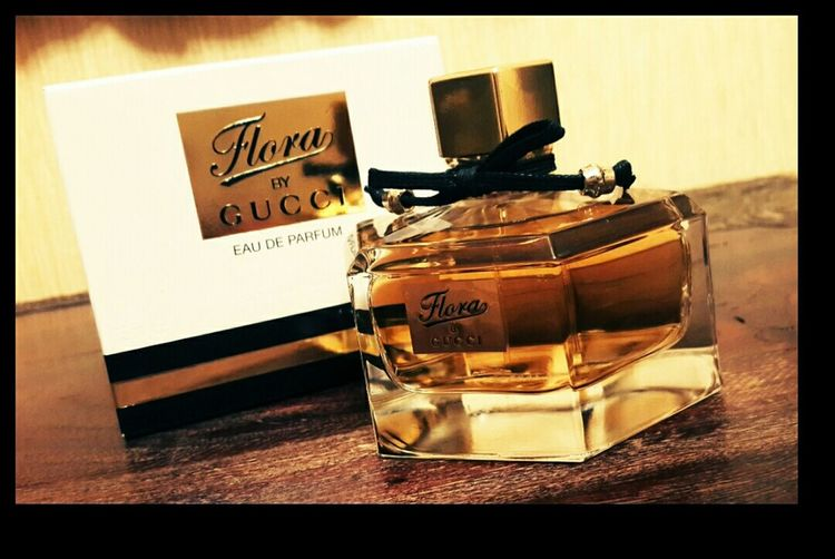 Getting Ready Wedding Beautiful Gowns Too Many Choices Hard Decisions Gucciflora Parfumerie Flowers Parfume My Parfumes