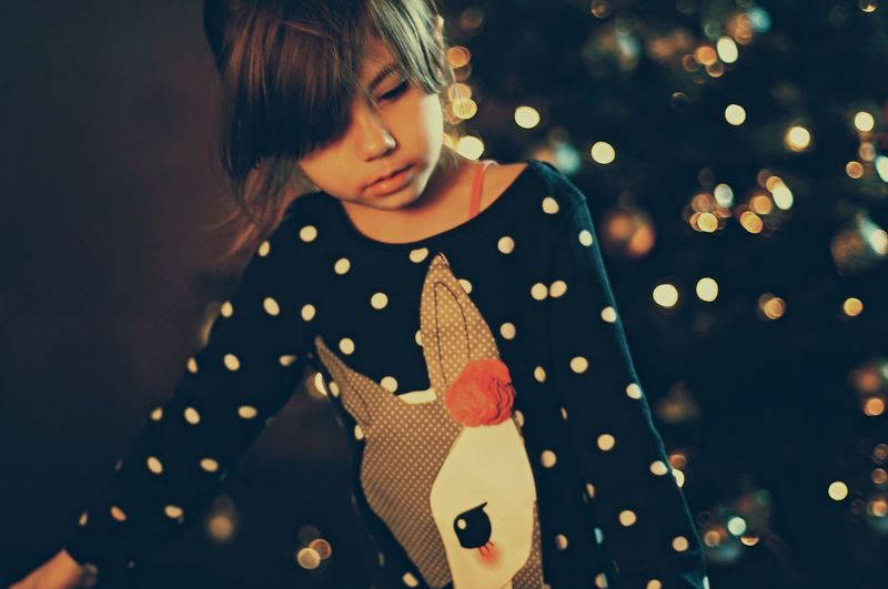 Girl Lights Christmas Lights People Defocused Portrait Mood Nex6 Auto Revuenon Dots One Person Beautiful Girl Indoors  Little Girl Close-up Pattern Headshot Women Around The World Art Is Everywhere The Portraitist - 2017 EyeEm Awards Place Of Heart