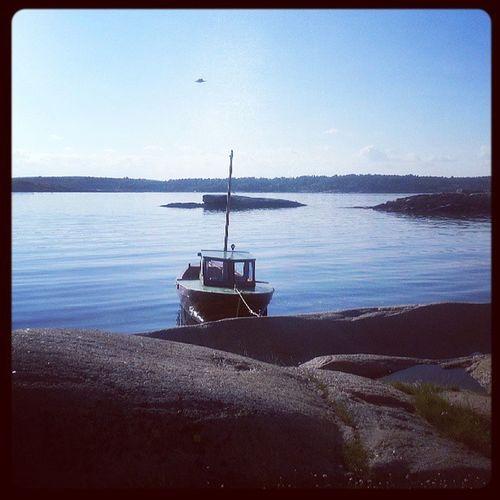 Sommer på Solkysten og Tj øme! Med ferske reker rett fra posen og nesten 30 grader... GoodTimes Summer weekend family boat