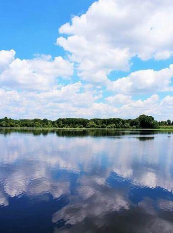 Mantova Lagodimezzo Lago Riflessi Sull'acqua Nuvole Riflessidinuvole