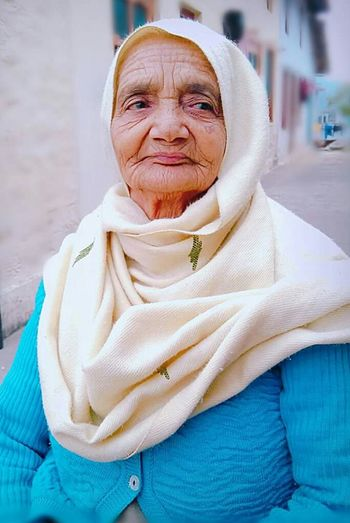 Senior Adult Portrait Looking At Camera Smiling Cheerful Granny Lovely One EyeEm Diversity EyeEmNewHere Indian Culture  Indian Style