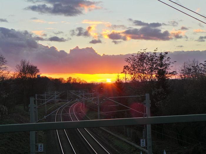 Abend Abendhimmel Bahngleise Clouds Clouds And Sky Dusk Evening Evening Sky Himmel Railway Sky Sonnenuntergang Sunset Wolken Wolkenhimmel