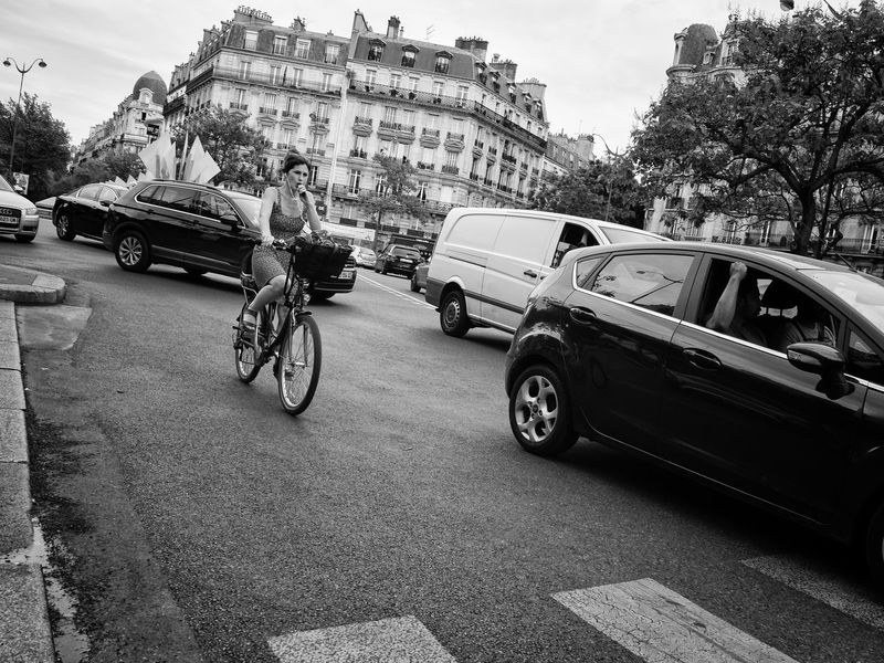 Biking Boulevard Cars Headphones Paris Smoking Woman Bicycle Car City Earplugs Land Vehicle Lifestyles Mode Of Transport Real People Road Smoking On A Bike Street Transportation Urban Life Urban Transportation Woman On Bike