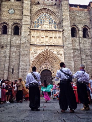 Emerald Spirituality Large Group Of People Arch Architecture Church Building Exterior Façade Cathedral Tourism Bellydance Arabic Medieval Person Dancer Music Streetphotography Woman Streetphoto_color Medievalfair Men Outdoors Documentaryphotography Travel Photography Summer