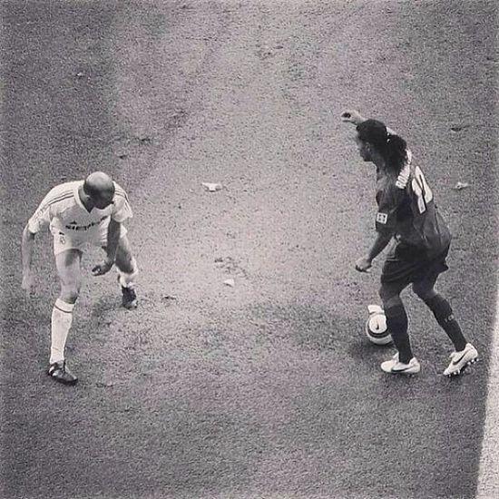 Esto es arte ❤️ Zidane Ronaldinho  Grandes Historicos maestros