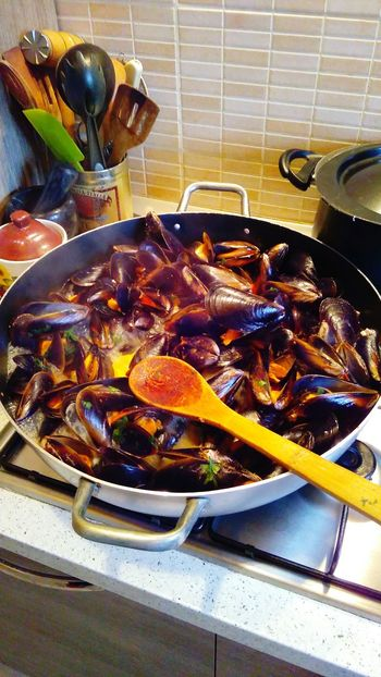 Italian Dinner Cooking At Home Cozze Relaxing