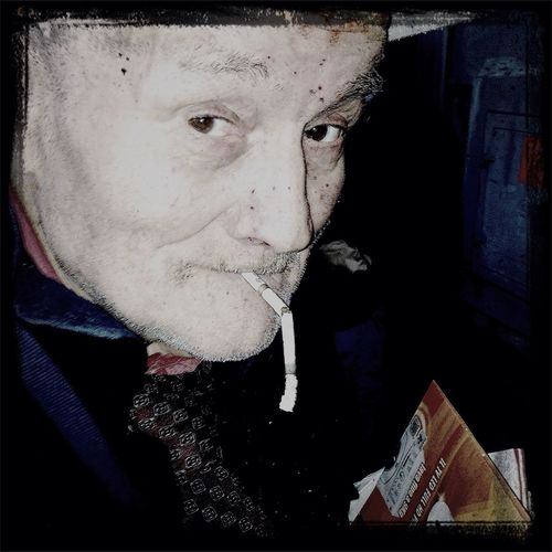 Jhonny Walker Smoke at the Home Delirio 88 HH88wlf