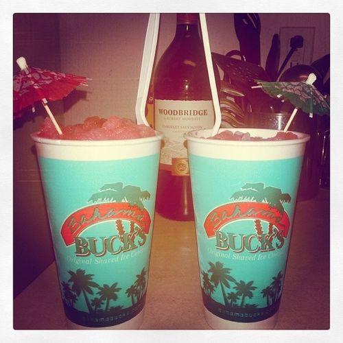 It's a Bahamabucks kinda night! 🍹Jamaicanrum Watermelonstrawberry Iatethetopofhis 😛😉 Poorpoorarkansasdoesntknowwhatshesmissing Summasummasummatime Bestshavediceevercreated Ifyoudontknow Nowyouknow