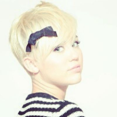 @mileycyrus Smiler Smilers Milesbian Mileyisnotugly mileycyrus NohateforMiley take with credit