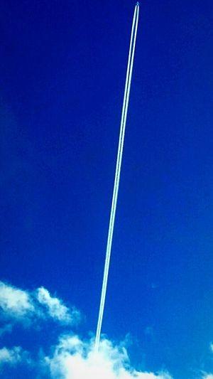 Airplane Autumn Sky Eye4photography  Sun_collection, Sky_collection, Cloudporn, Skyporn Stockholm-arlanda Airport (arn) Clouds And Sky Hello World EyeEm Gallery Blue Sky 2015