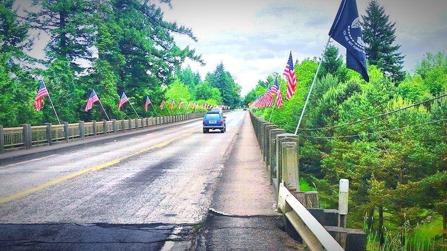 Counrtyside Backwoods Gallery Patriotism Flag Pow UnitedStatesFlag Redwhiteandblue Oregon Beauty Oregonexplored PNW Photography PNW! Pacific Northwest