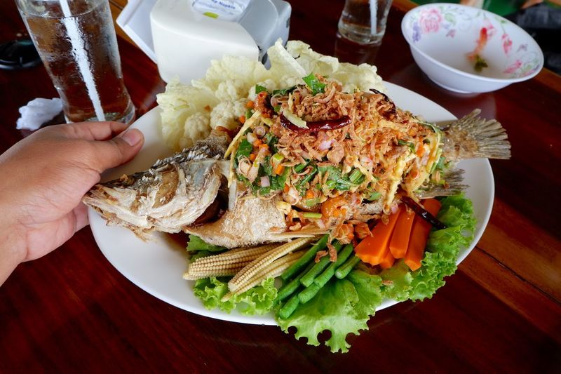 Fish Thailandfood Thai Food Thaifood Human Hand Hand Food Food And Drink Freshness Healthy Eating Human Body Part