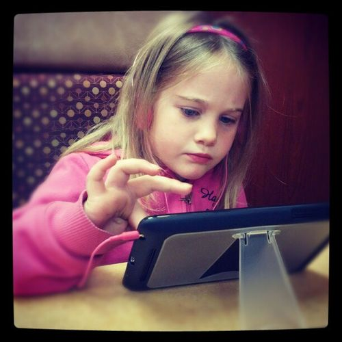 Zoey Geeking it up like her dad... Android Androidkid Nexus7