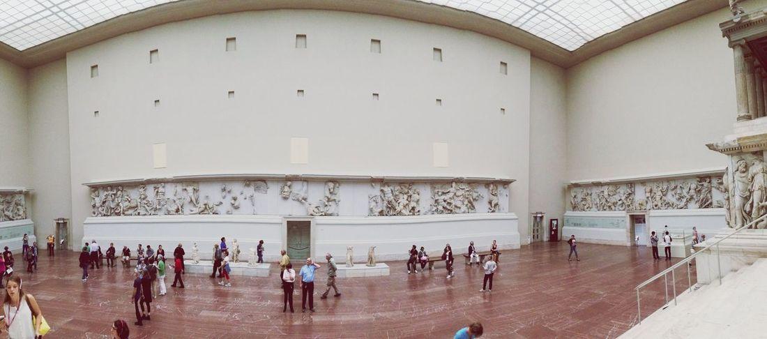 Altar ? Museum Day14 Berlin