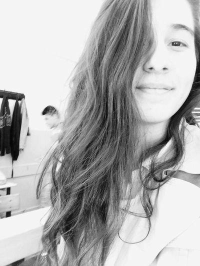 Saçlarımşekilönümdençekil 😄😄😄 😄😃😊☺😉😍😘