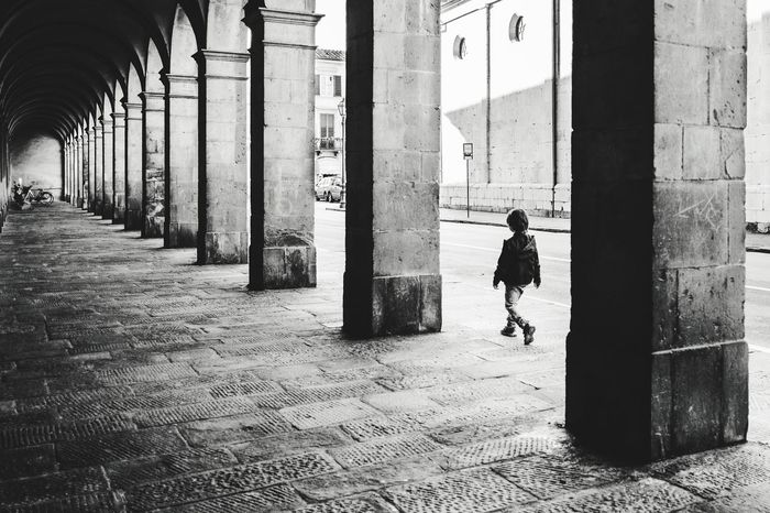 Walking in Lucca Photography Architectural Column Building Exterior Diminishing Perspective Black And White Photography Streetphotography Streetphoto_bw Streetphoto Streetart Architecture Colonnade Repetition History Italy Lucca Walking Blackandwhite Photography Fuji Fujifilm_xseries