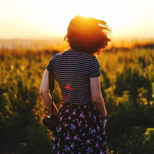 Best time of the day. 43 Golden Moments Golden Golden Hour Hair Wind Gold Field Natural Natural Beauty Natural Light Portrait Natural Light Sunset Sunlight Flare 50mm Folk Candid Showcase June Colour Of Life