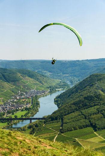 Paraglider am calmont