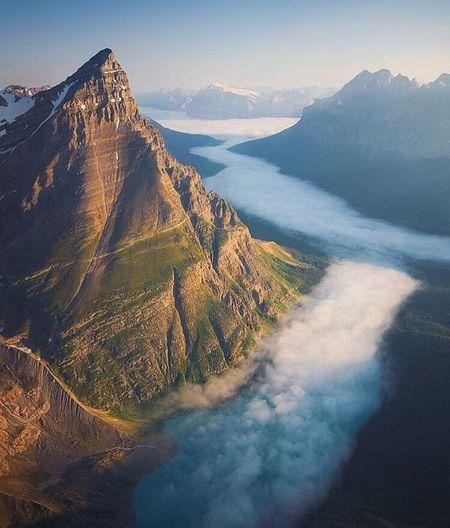 Soaring high over Banff National park during sunrise ☀️ - Canada 🇨🇦 #nature_mentor #nature #earth #world #mountains #river #canada #follow #followme #follow4follow #followforfollow #like4like #instagood #beauty #bluesky 📸 by @shainblumphotography First Eyeem Photo