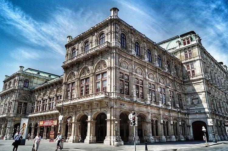 Avusturya Österreich Wien Viyana Sky Architecture Instagood Instapic Instalike