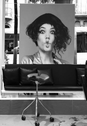 Hair dressing Hairdresser Iphonephotography Iphoneonly IPhoneography Bw_collection BW_photography Streetphotography Blackandwhite Black And White Black & White BW_photography One Person Portrait Real People Lifestyles Front View Young Adult Leisure Activity Looking At Camera Beautiful Woman Hairstyle Women