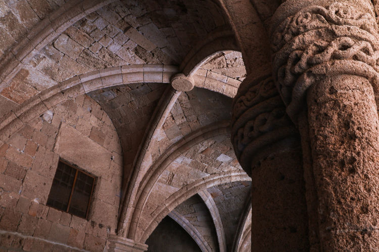 Low angle view of rib vault ceiling
