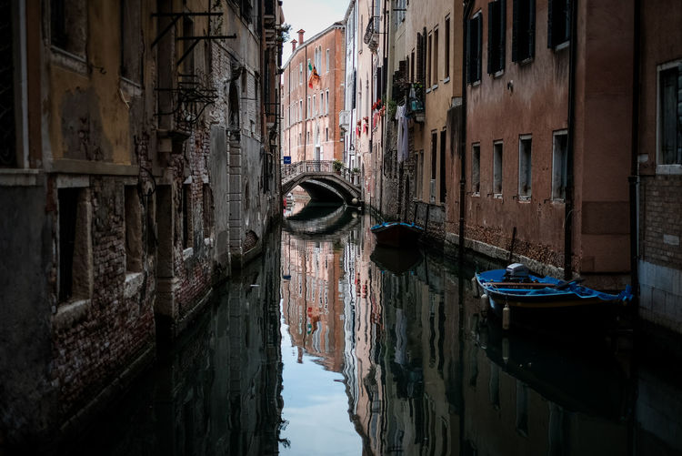 Water Building Exterior Built Structure Canal Architecture Nautical Vessel Building Transportation Mode Of Transportation City Waterfront Residential District Day No People Nature Reflection Old Moored Abandoned Outdoors Gondola - Traditional Boat Alley Wooden Post