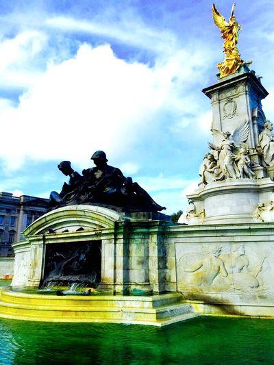 The Mall London Statue Fountain