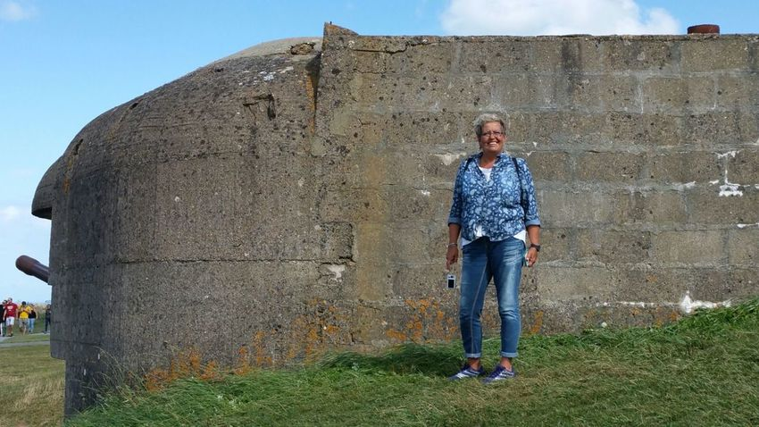 France Batterie Longues Sur Mer Casual Clothing Front View One Person Full Length Adults Only Outdoors Day Only Women Clear Sky Grass D-Day Beaches August 2016 Portrait Smiling Standing One Woman Only Summerfeeling Summertime Normandy Looking At Camera Memorial Normandie Memorial Of World War Two Windy Day Woman Portraiture The Portraitist - 2017 EyeEm Awards The Photojournalist - 2017 EyeEm Awards