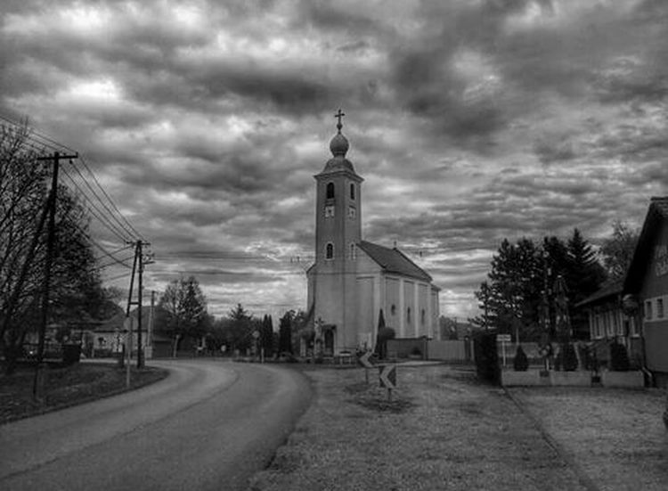Myvillage Church Sky Skyporn Skyhunter Clouds Cloudscape Cloudsporn Blackandwhite Inkwell Blackandwhite Photography Trees Road Countryside Hungary Houses Picoftheday Photooftheday Photo Photography Photoshoot Landscape Landscapes Likeforlike Follow4follow
