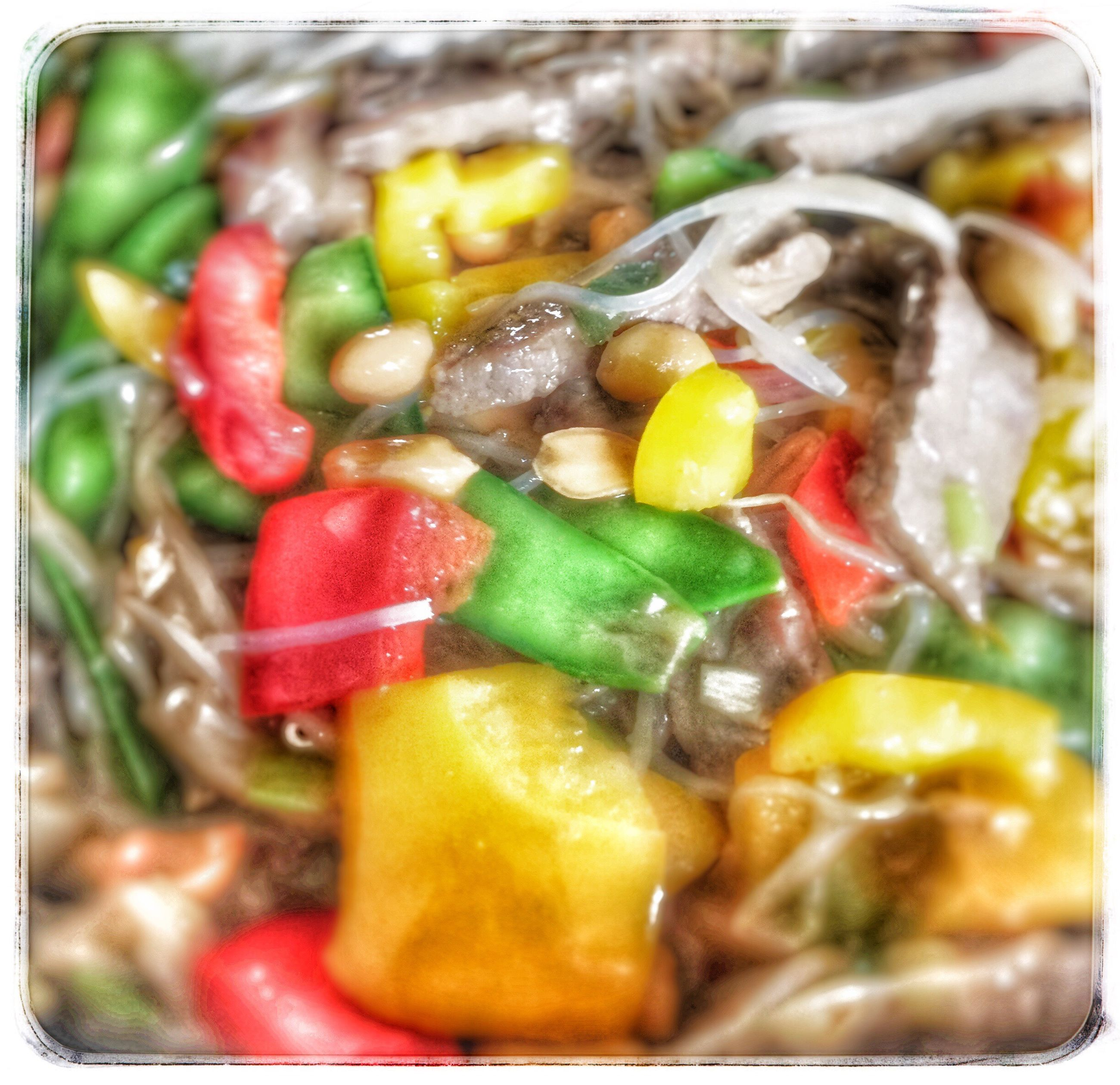 food and drink, food, transfer print, freshness, healthy eating, close-up, ready-to-eat, indoors, auto post production filter, vegetable, meal, selective focus, serving size, still life, bowl, plate, soup, indulgence, meat, focus on foreground