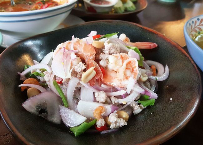 Food Plate Indoors  Ready-to-eat Chinese Food Dumpling  Freshness No People Close-up Day Spicy Salad Shrimp Thai Food Glass Noodles Red Onion