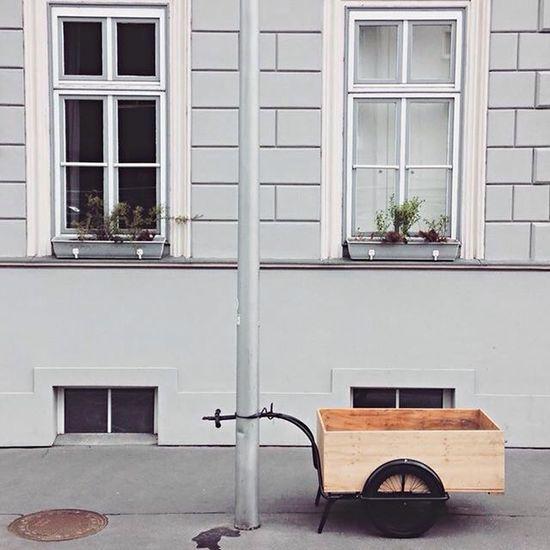 Vienna Colors Minimalism Minimalobsession Rythm Window Deceptively Simple Urban Geometry Details