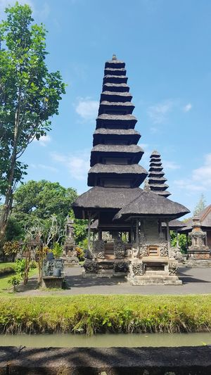 Architecture Balinese Architecture Travel Destinations Religion Tradition Building Exterior Built Structure Travel Outdoors No People Bali Indonesia Architecture Travel Destination Simple Elegance House Traditional Architecture Traditional House